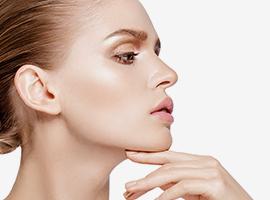 お顔の治療