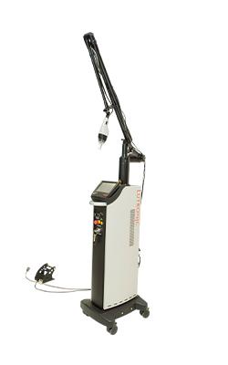 フラクショナルレーザー(eCO2)